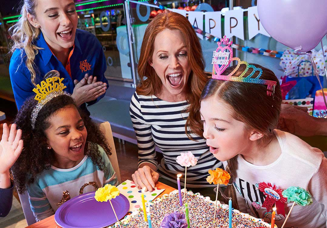 Hit Up Some Fun With Bowling Party Supplies and Ideas!